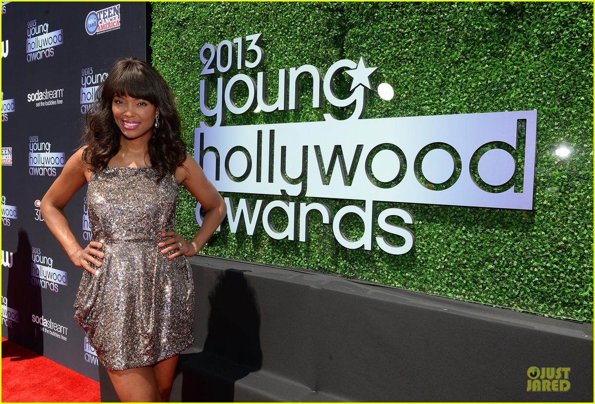 kit harington young hollywood awards 2013 red carpet 122921711