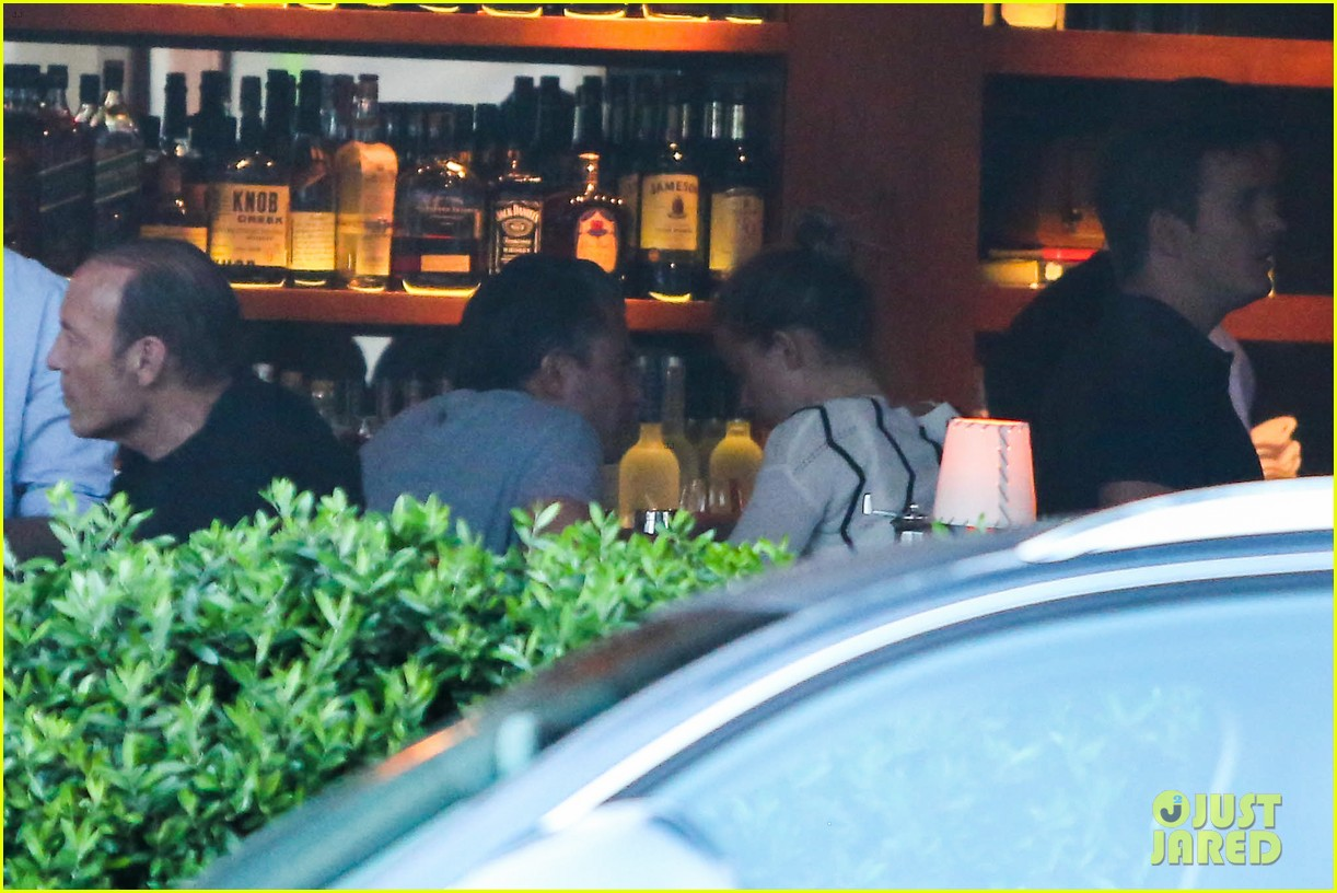 amber heard grabs dinner with talent agent christian carino 092924067