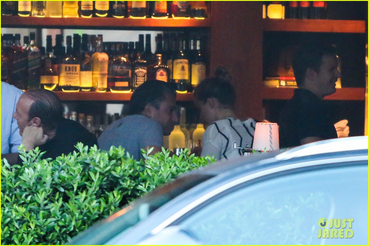amber heard grabs dinner with talent agent christian carino 102924068