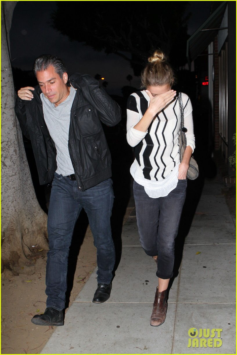 amber heard grabs dinner with talent agent christian carino 162924074