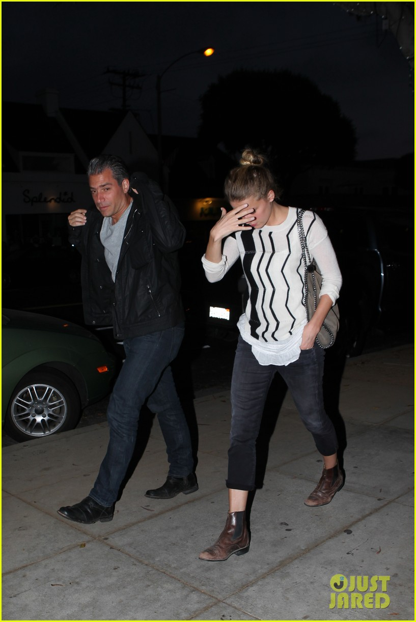 amber heard grabs dinner with talent agent christian carino 192924077