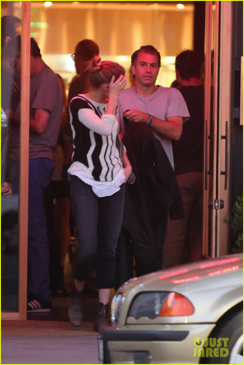 amber heard grabs dinner with talent agent christian carino 202924078