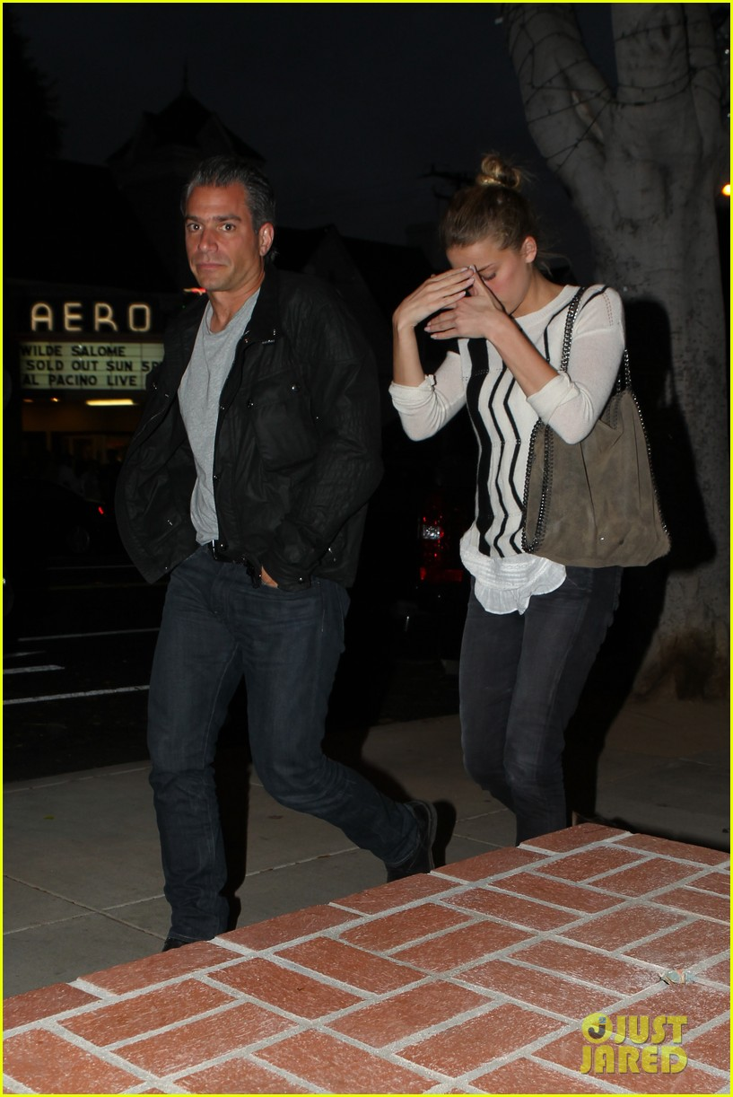 amber heard grabs dinner with talent agent christian carino 212924079