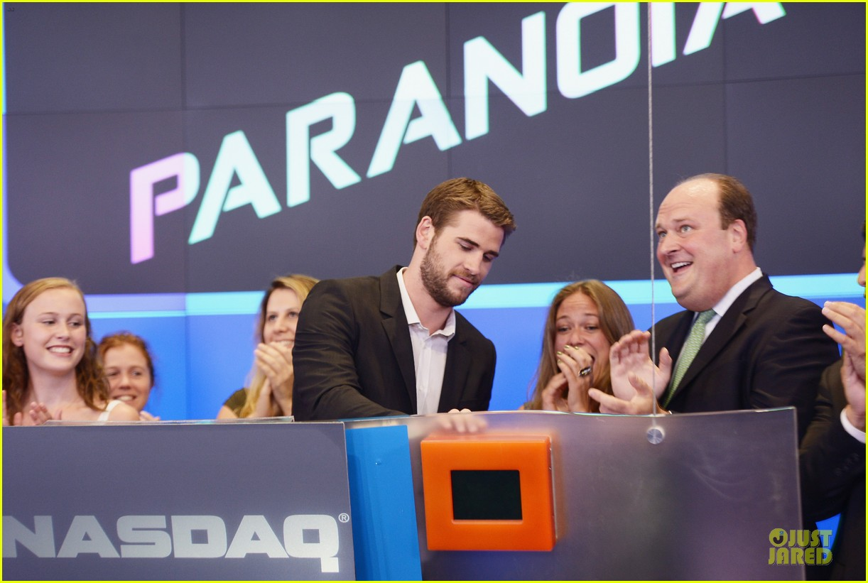 liam hemsworth i was pranked during paranoia love scene 042925004