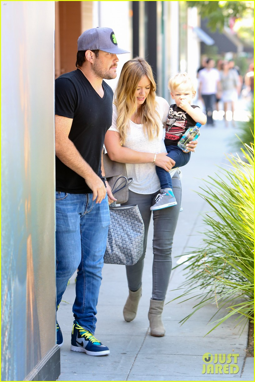 hilary duff mike comrie we definitely want more kids 04