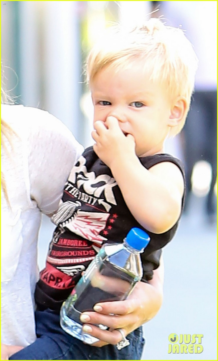hilary duff mike comrie we definitely want more kids 052932580