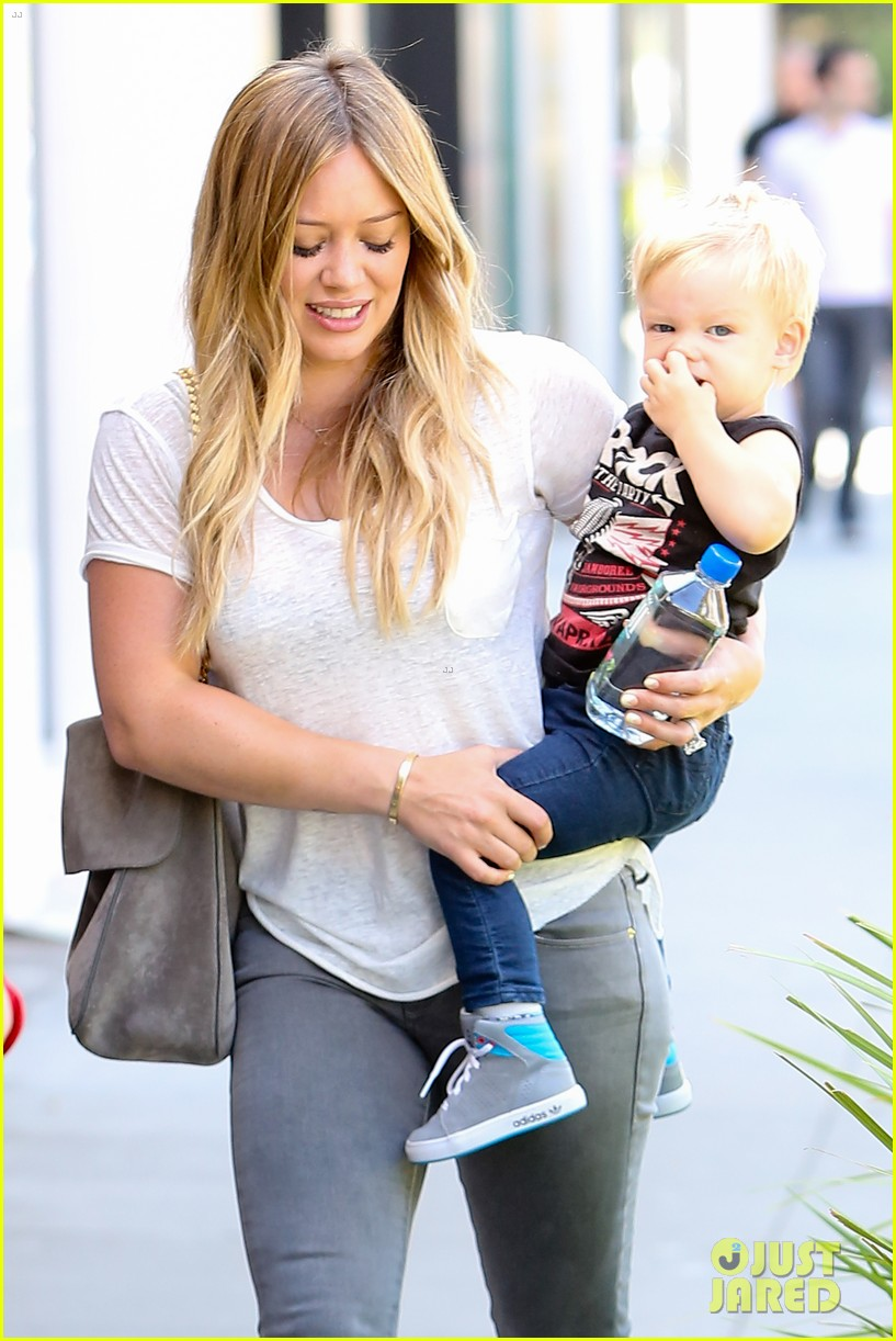 hilary duff mike comrie we definitely want more kids 102932585