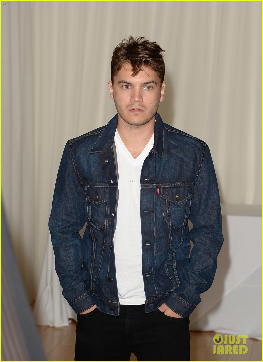 emile hirsch jesse metcalfe instyle summer soiree 11