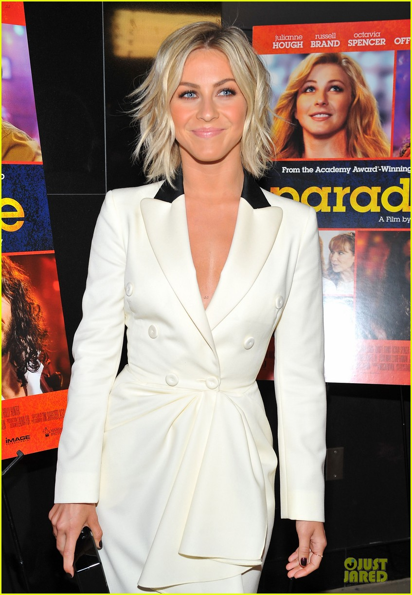 julianne hough paradise hollywood premiere with diablo cody 072925217