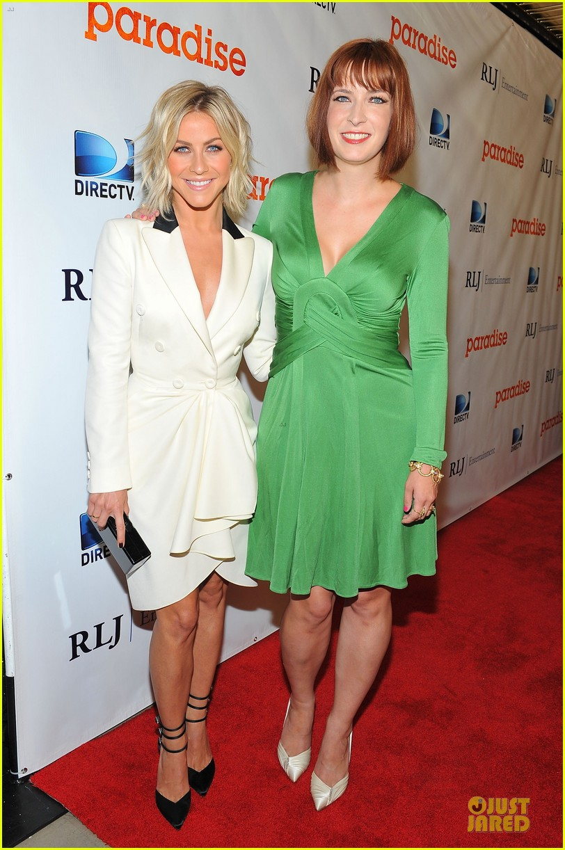 julianne hough paradise hollywood premiere with diablo cody 082925218