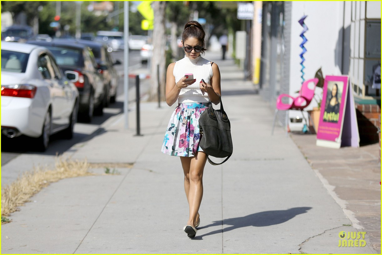 vanessa hudgens i love exploring brooklyn 052921907