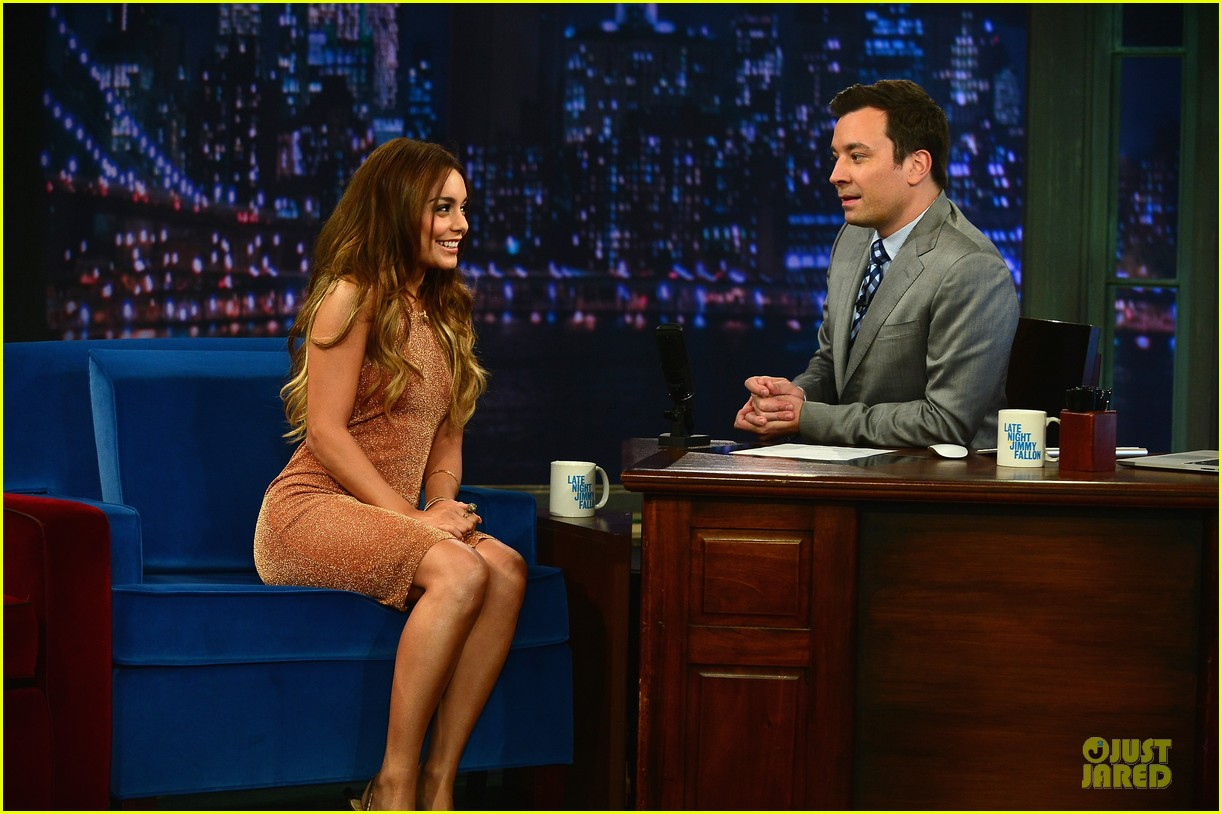 vanessa hudgens dancing queen on fallon 08