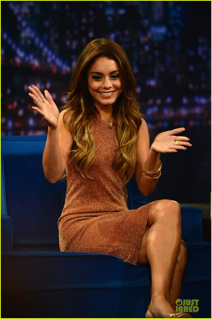 vanessa hudgens dancing queen on fallon 102926898
