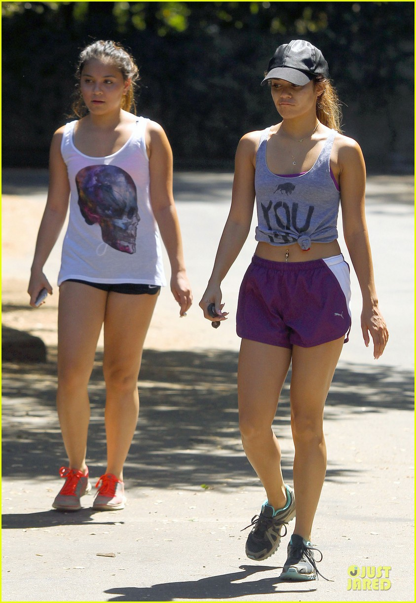vanessa hudgens shows pierced belly button for hike 062934292