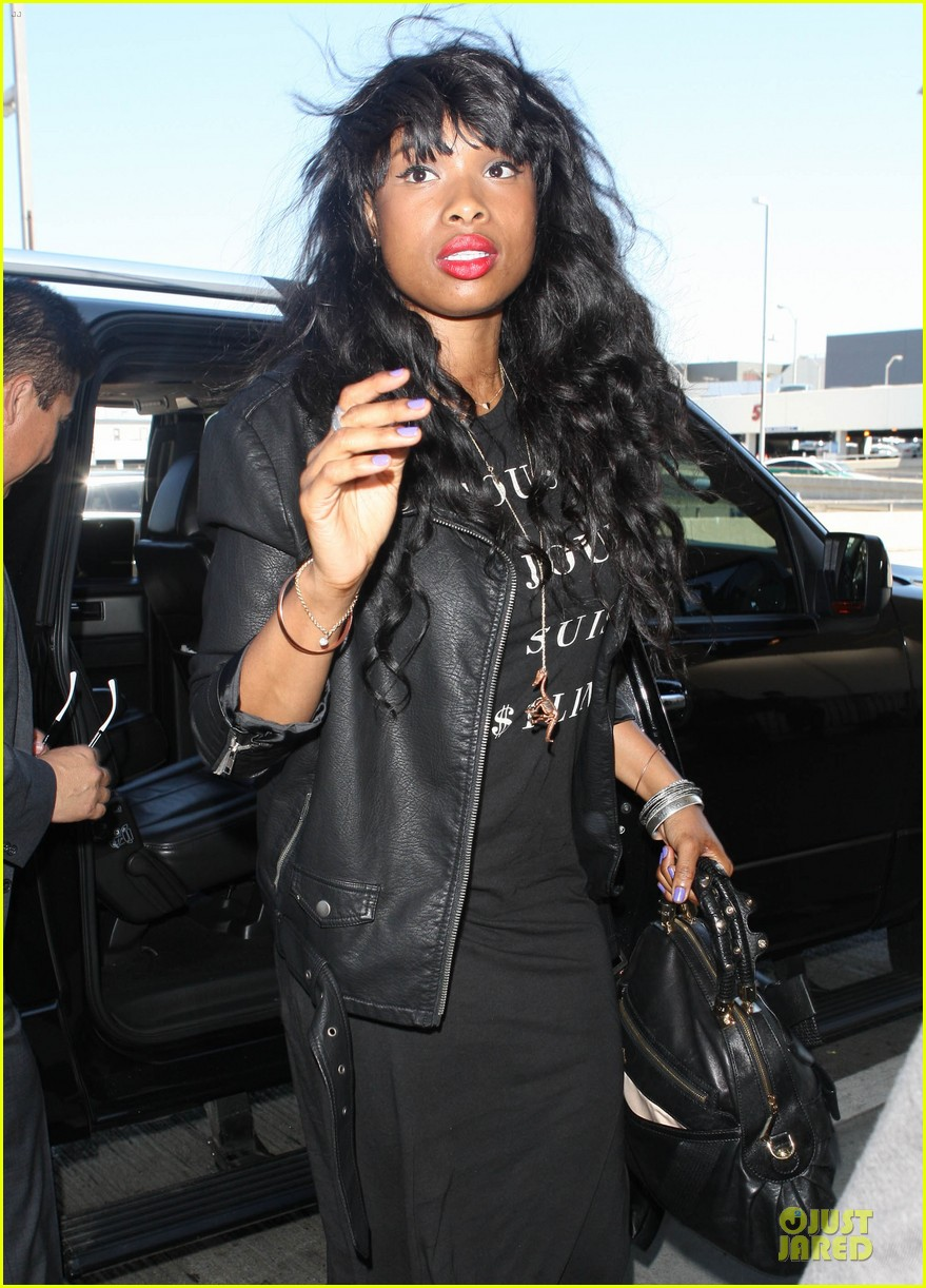 jennifer hudson promotes education with school supplies 082936796
