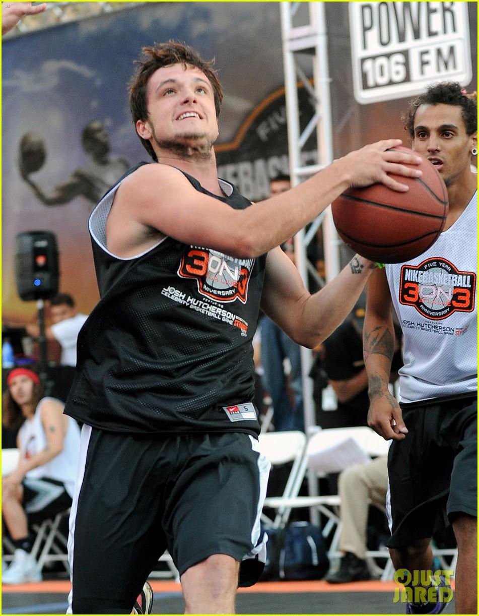 josh hutcherson james lafferty sbnn basketball game 042927168