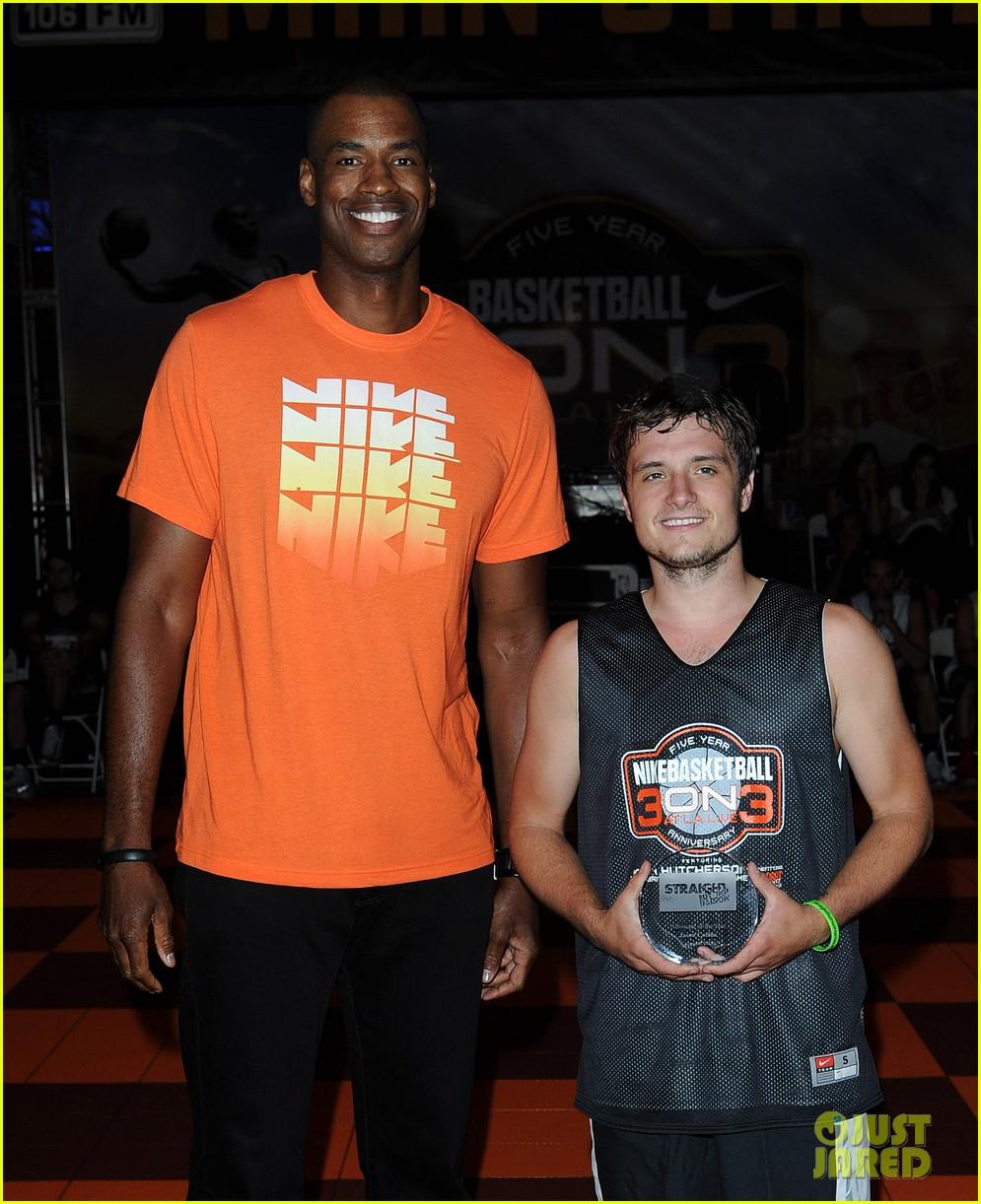 josh hutcherson james lafferty sbnn basketball game 112927175