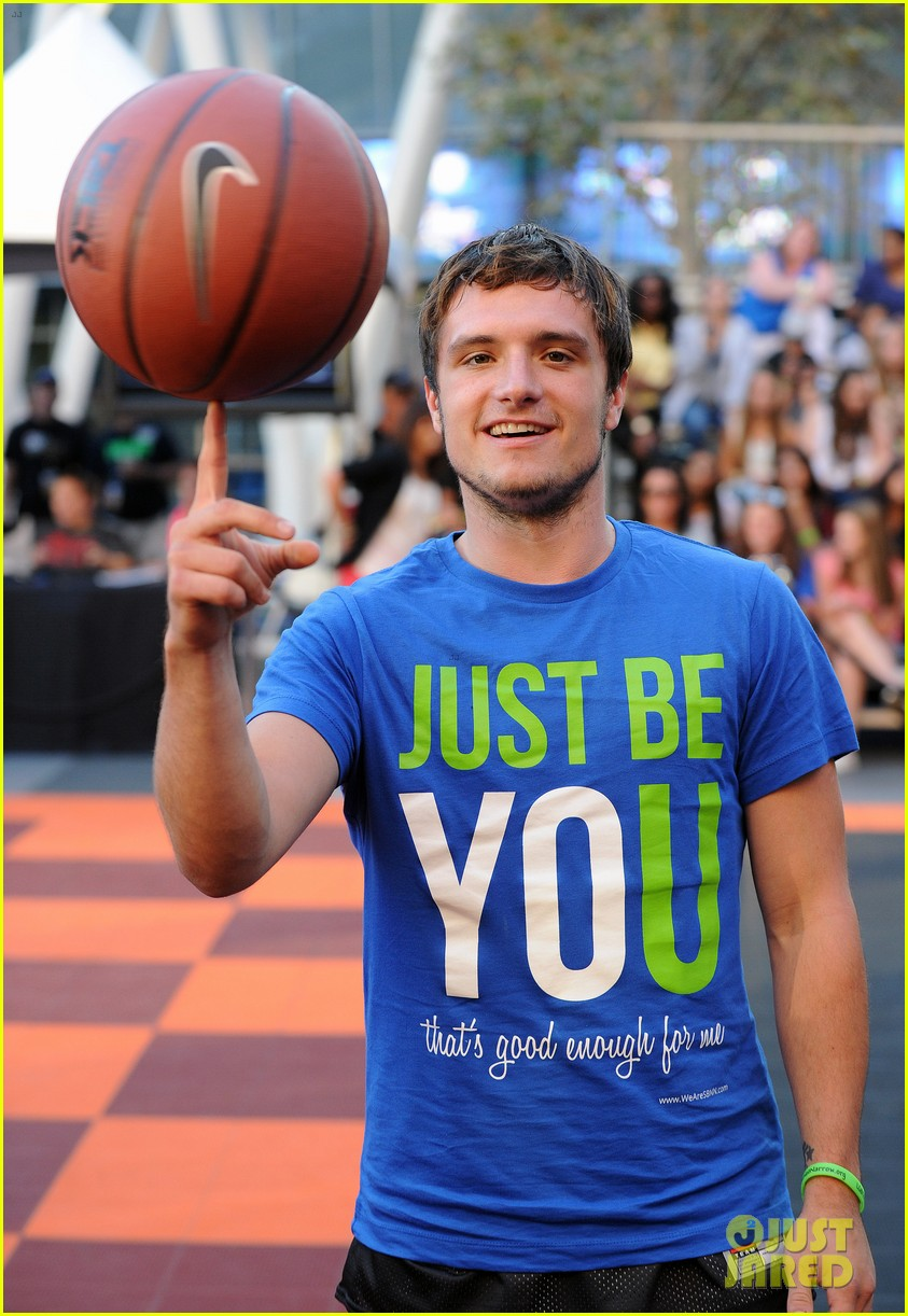 josh hutcherson james lafferty sbnn basketball game 192927183