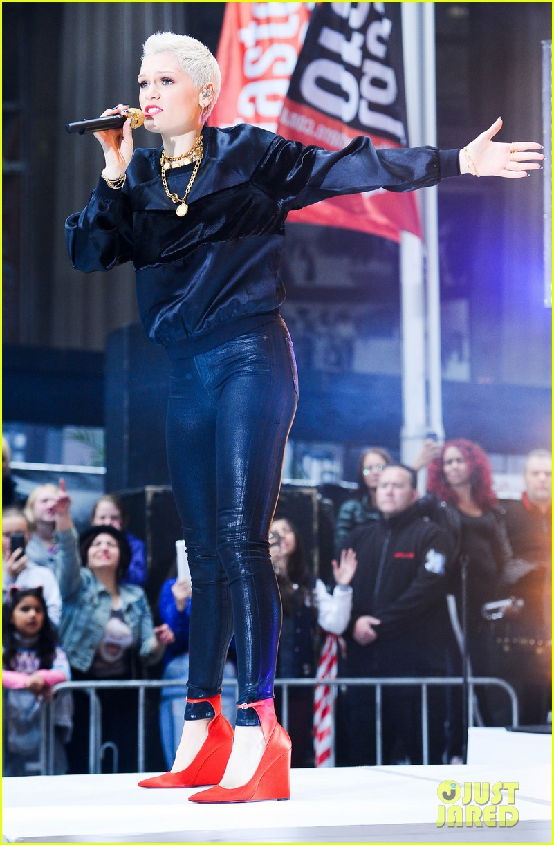jessie j wild price tag live on sunrise 052936054