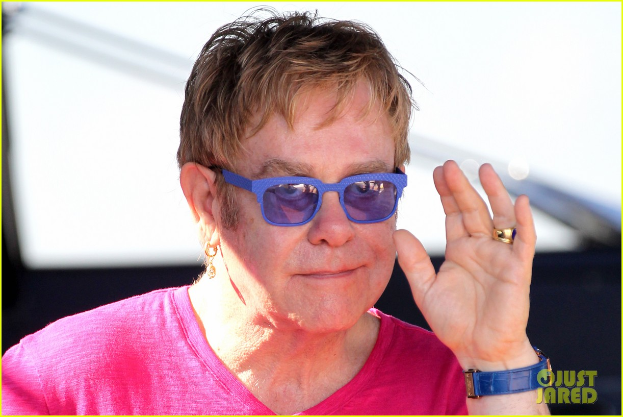 elton john vacations after appendicitis recovery 04