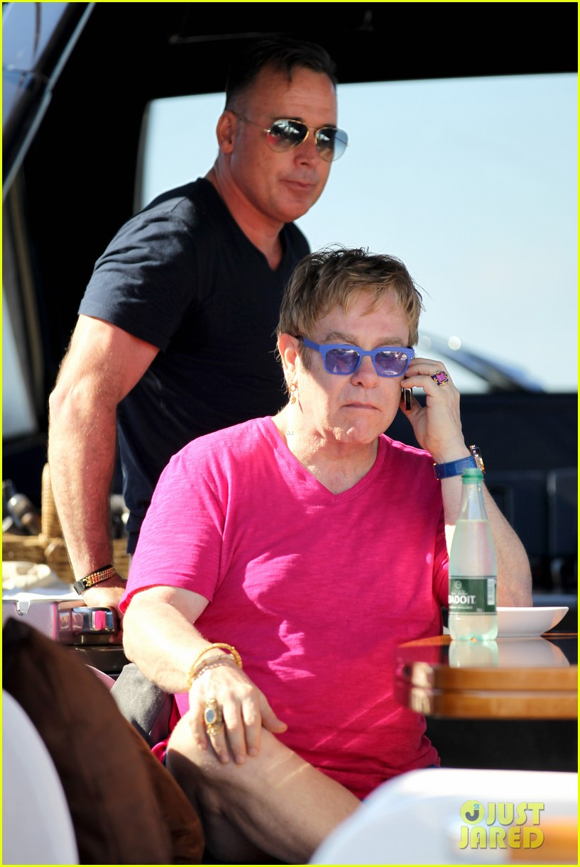 elton john vacations after appendicitis recovery 092929255