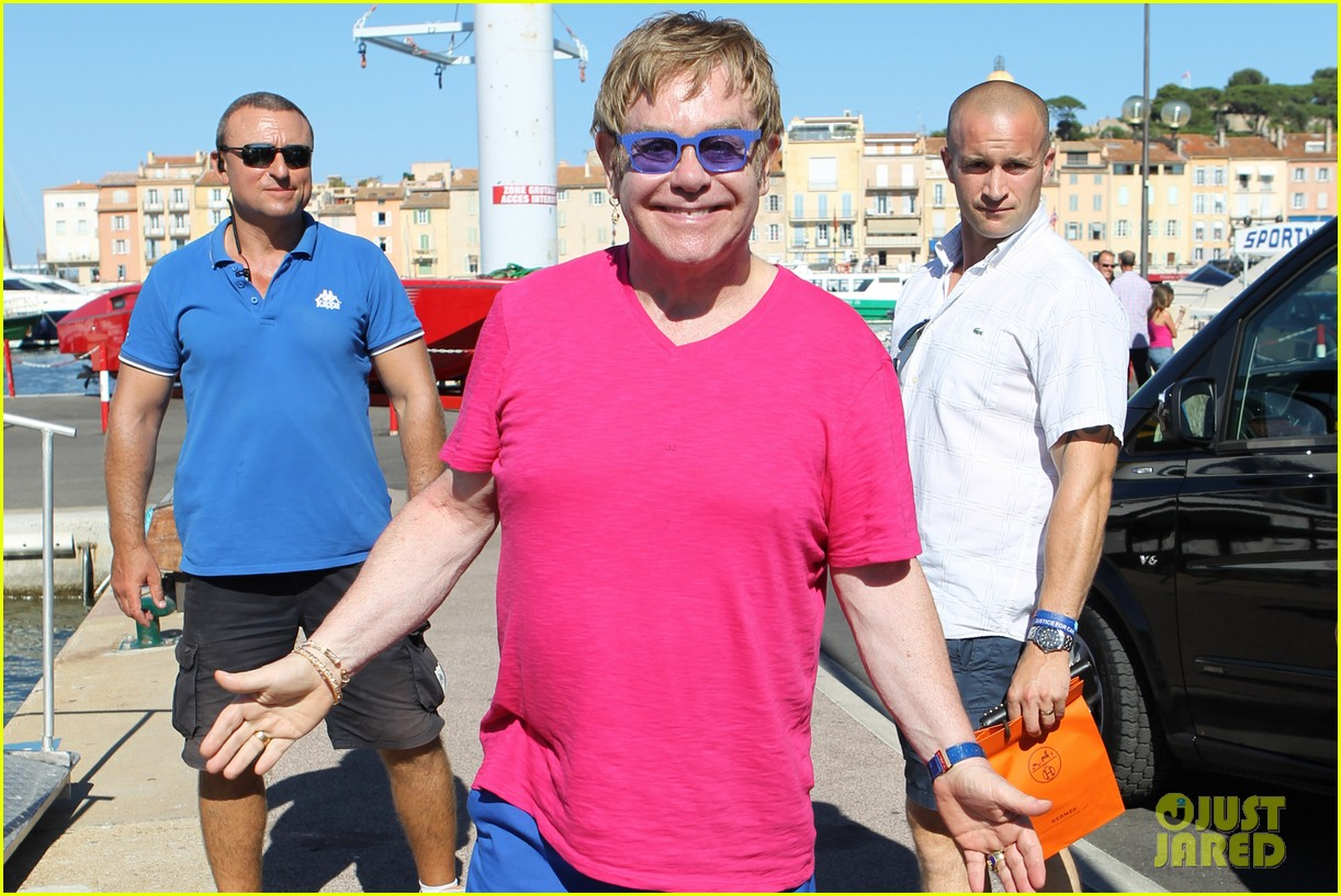 elton john vacations after appendicitis recovery 122929258