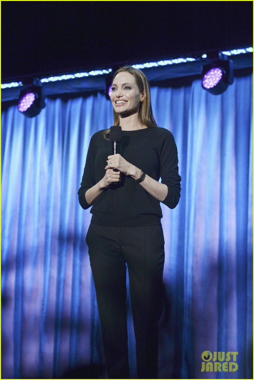 angelina jolie maleficent panel at disney 23 expo 03