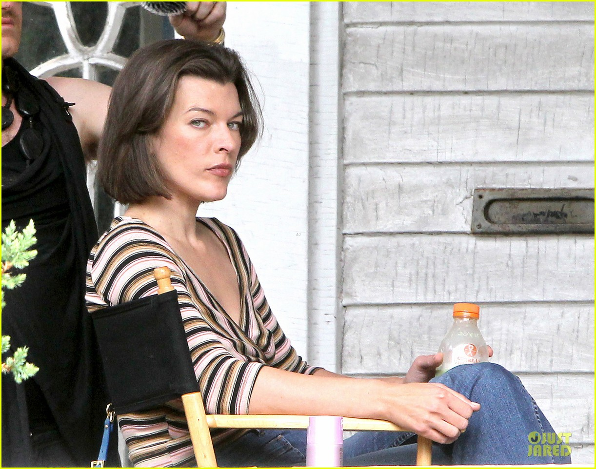 milla jovovich sports bra revealing sheer top 022938494
