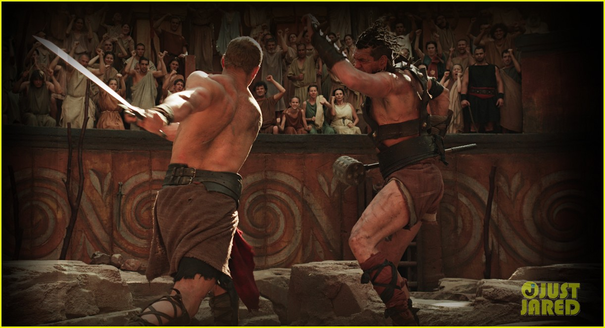 kellan lutz shirtless hercules 3d stills 05