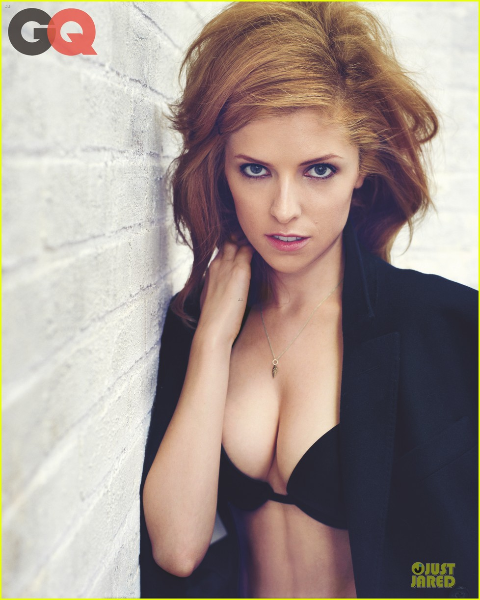 anna kendrick black bikini for gq feature september 2013 012934527