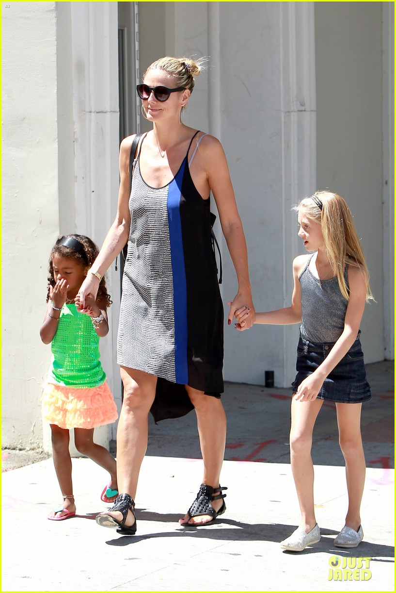 heidi klum martin kirsten beach bike ride with kids 202938454