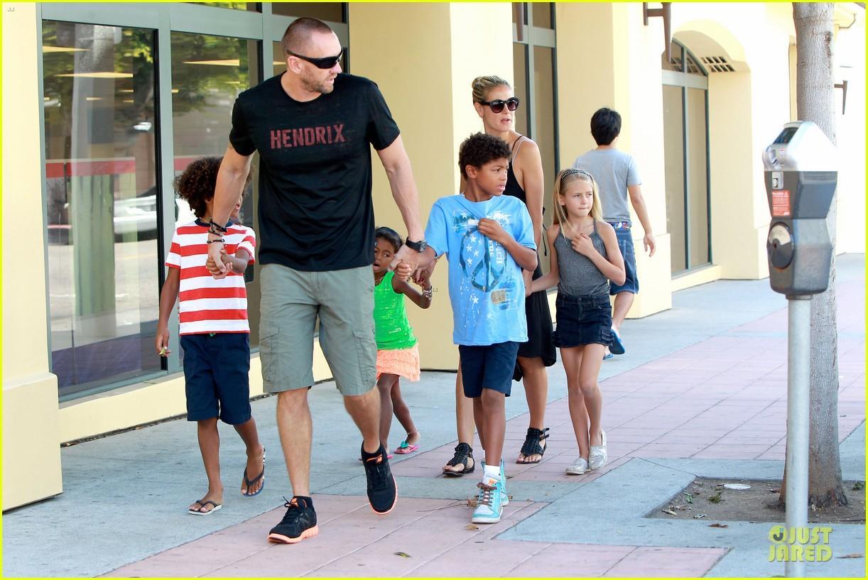 heidi klum martin kirsten beach bike ride with kids 222938456