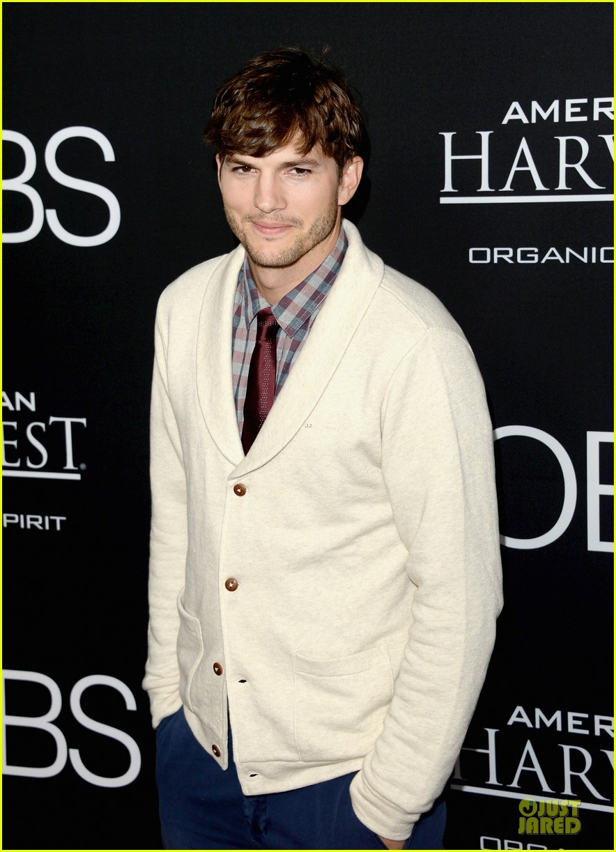 ashton kutcher ahna oreilly jobs la screening 152929778