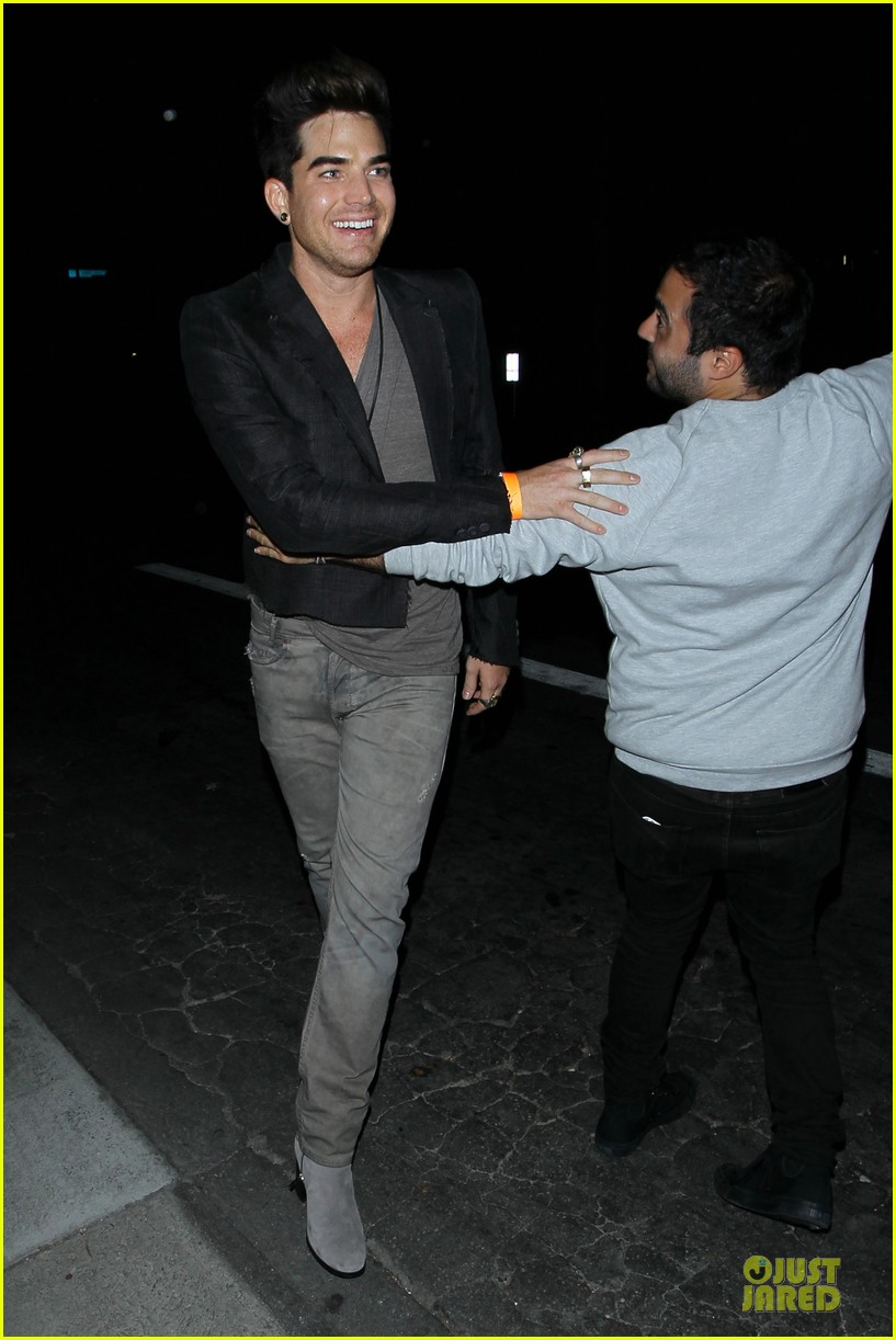 adam lambert bootsy bellows hugging lad 072931759