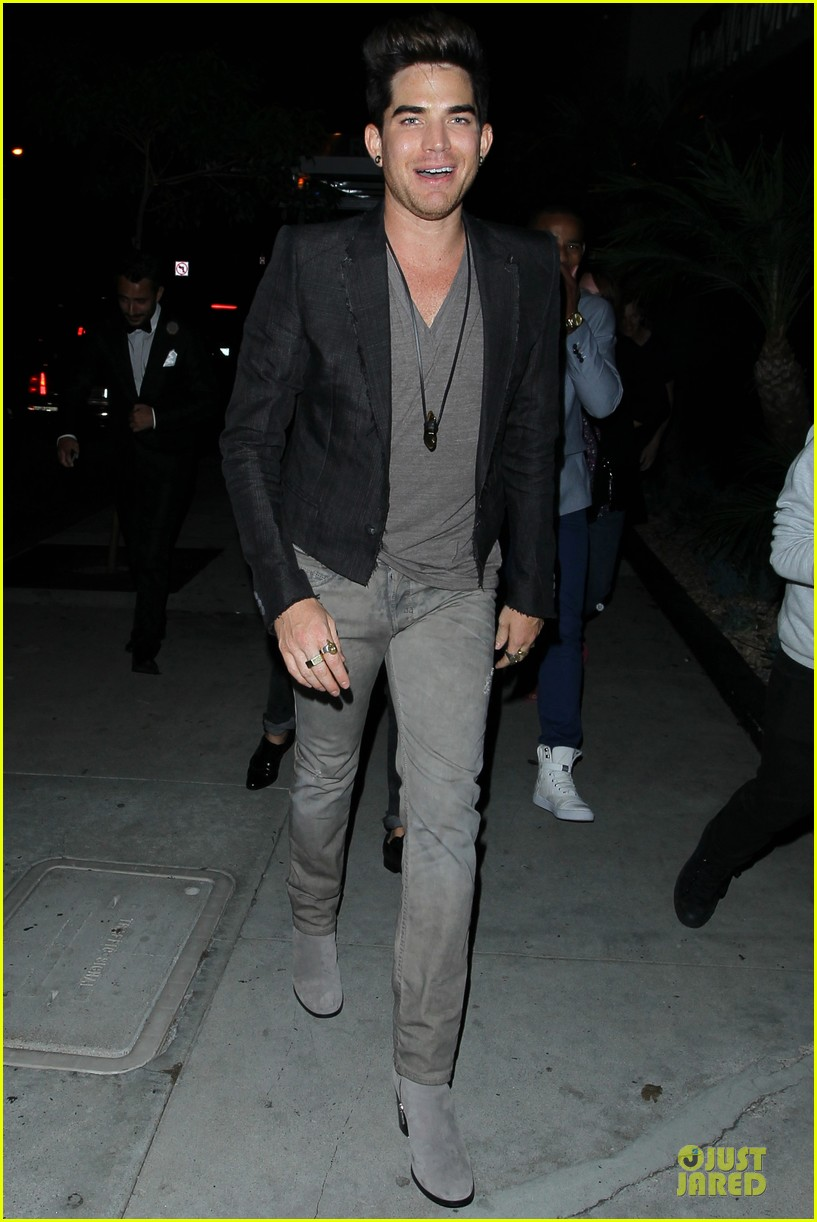 adam lambert bootsy bellows hugging lad 082931760