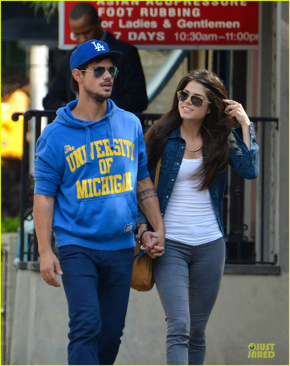 taylor lautner marie avgeropoulos romantic walk in nyc 022922969