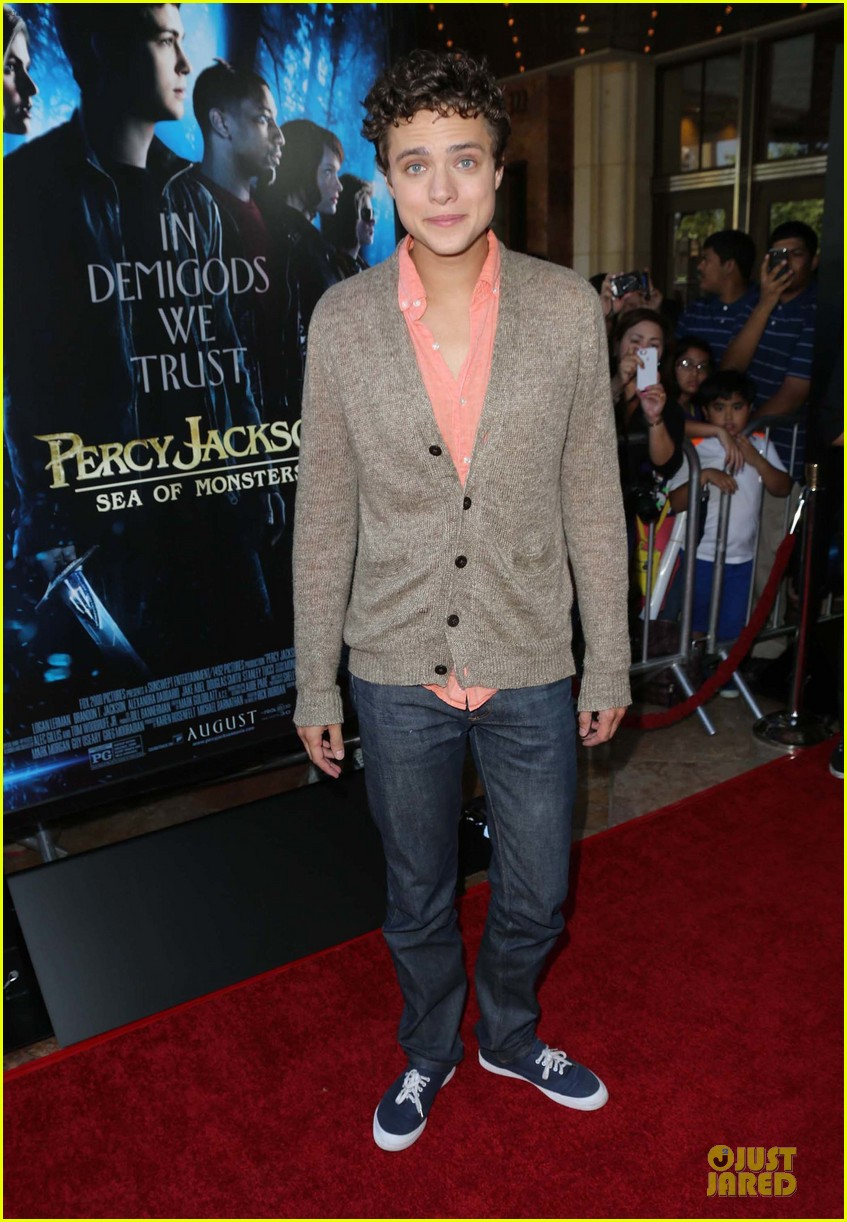 logan lerman alexandra daddario percy jackson la screening 072921309