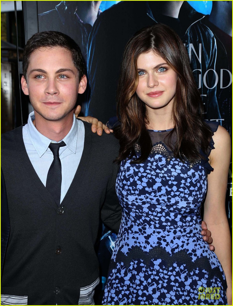 logan lerman alexandra daddario percy jackson la screening 13
