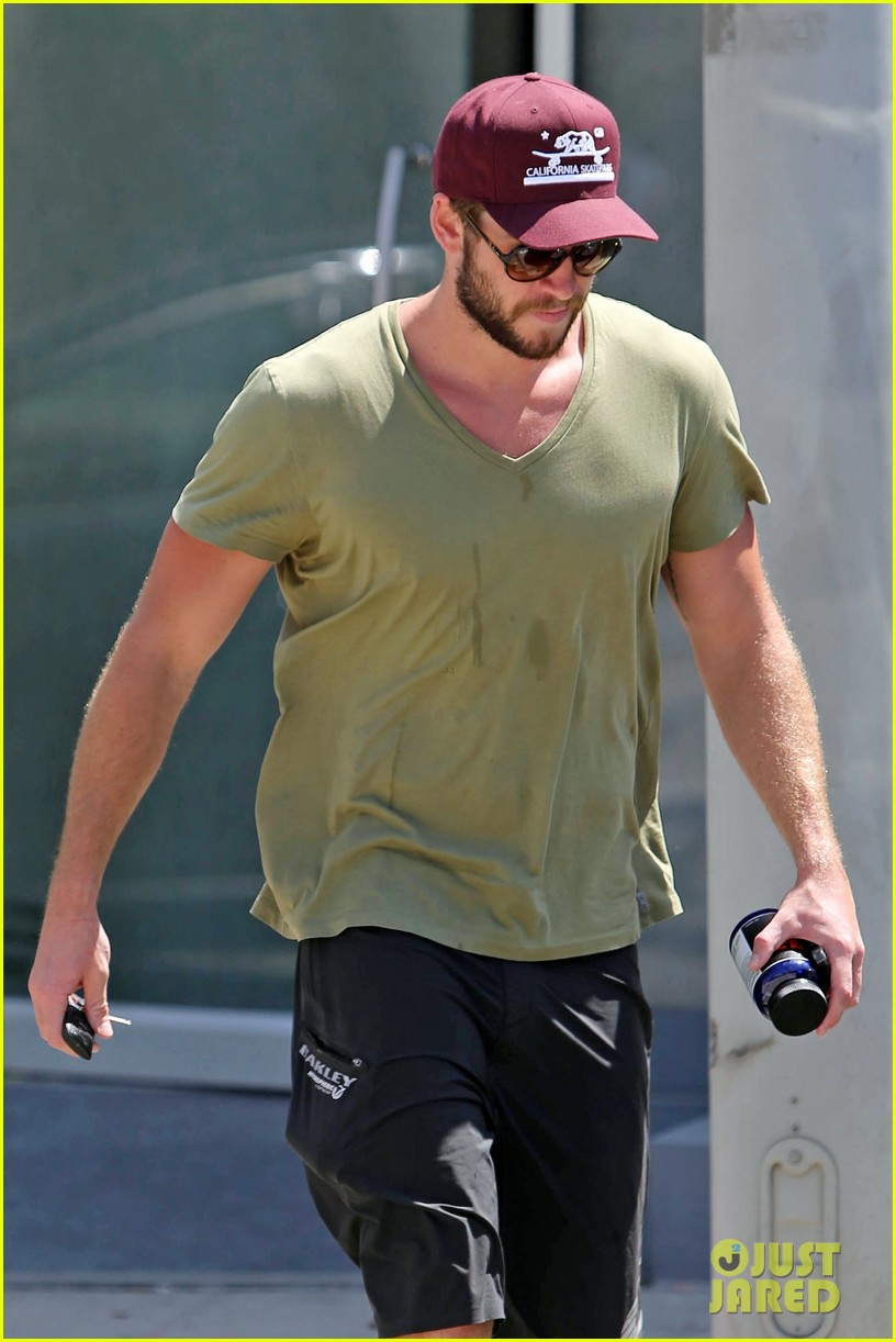 liam hemsworth hits the gym miley cyrus heads to the studio 042934814