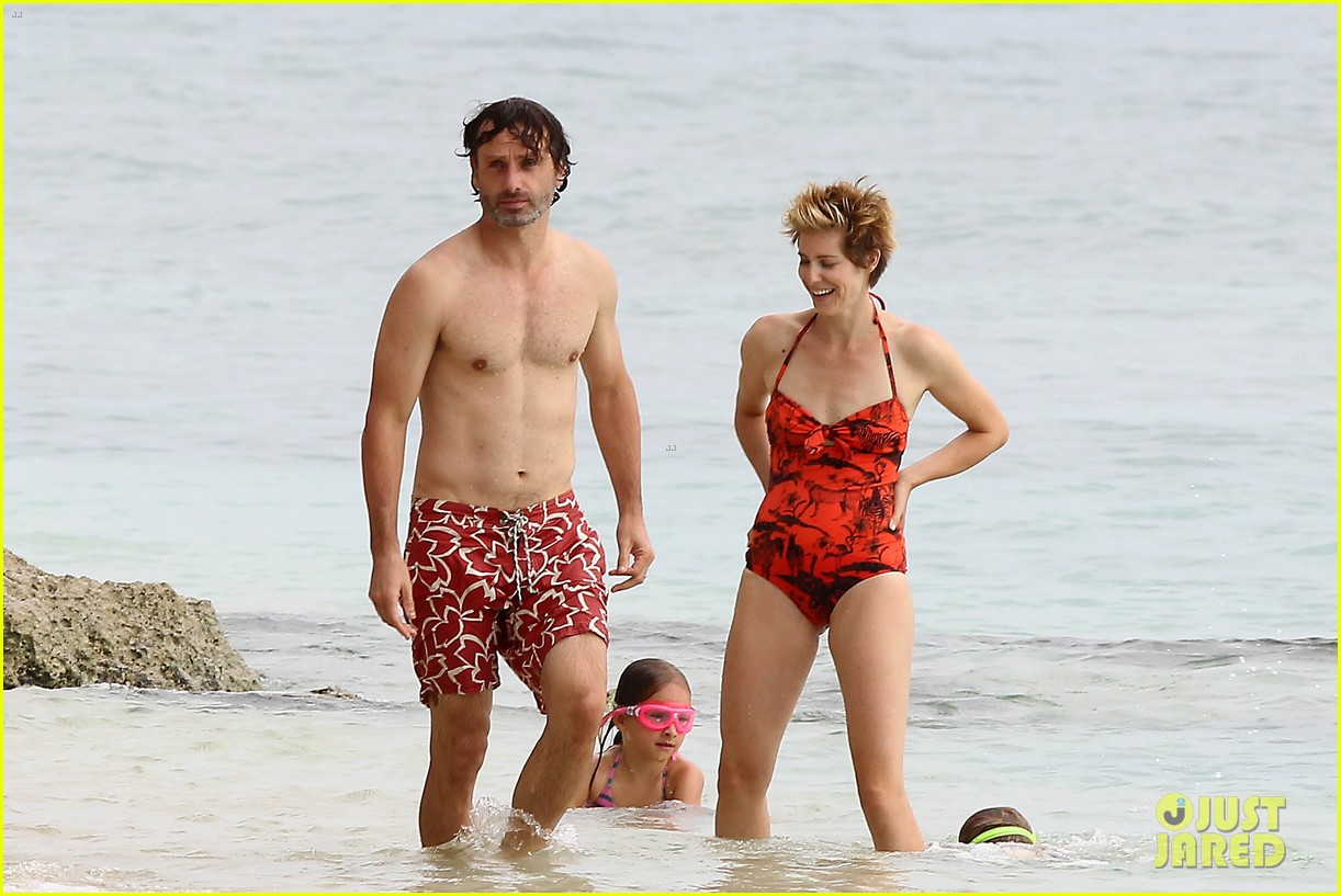 andrew lincoln goes shirtless on family vacation 012928634