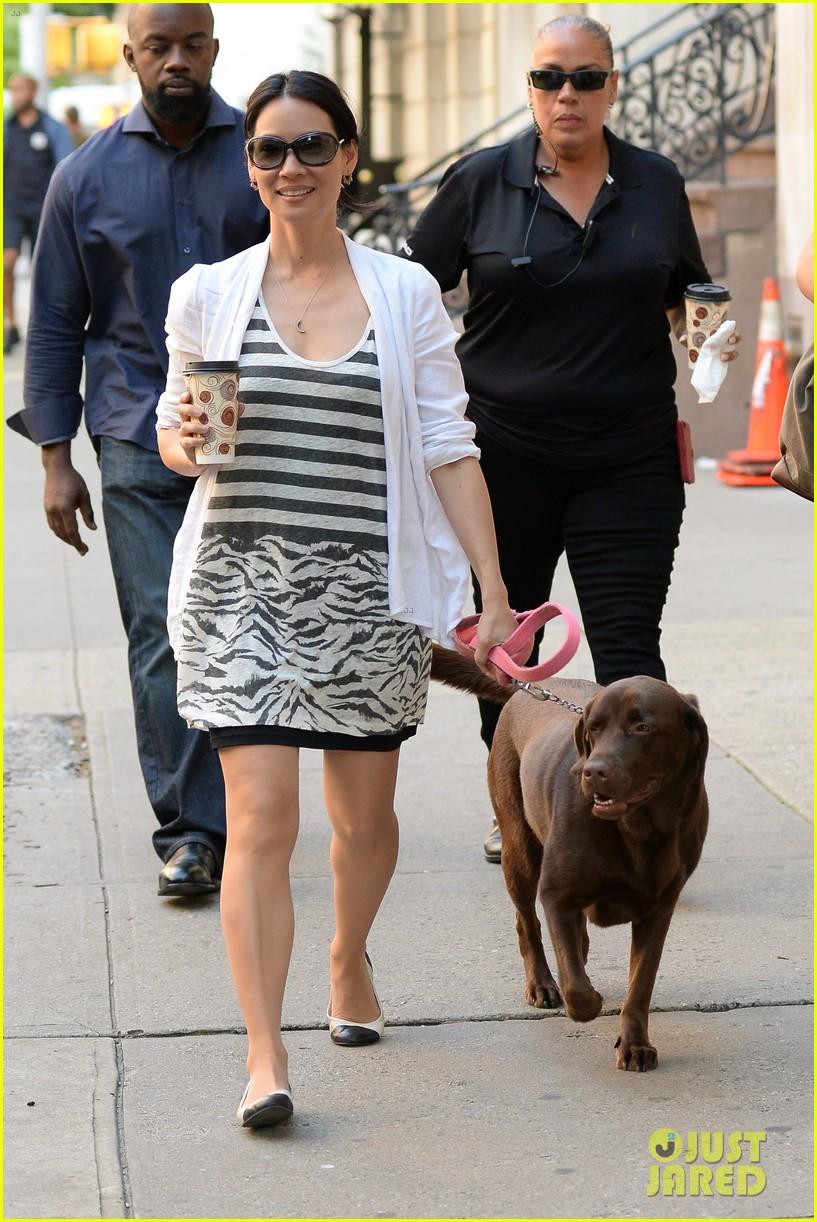 lucy liu new boyfriend hold hands in new york city 052932375
