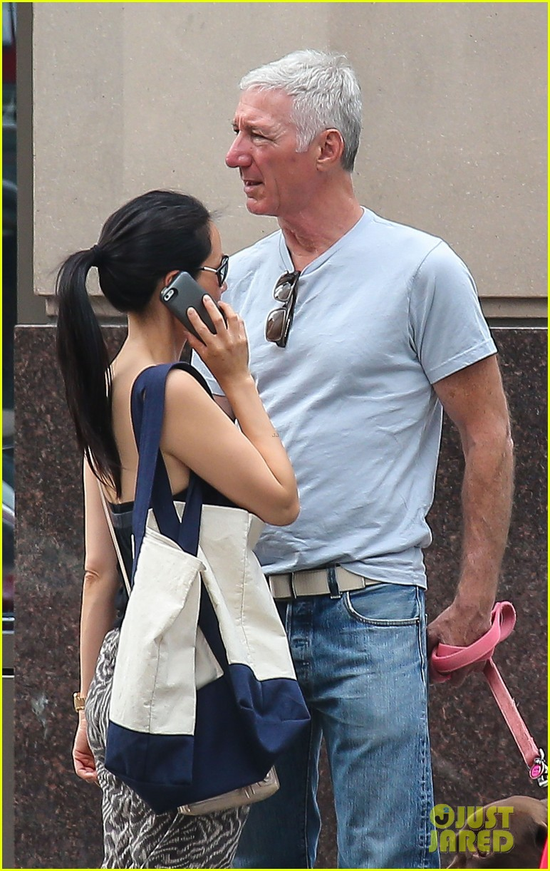 lucy liu new boyfriend hold hands in new york city 082932378