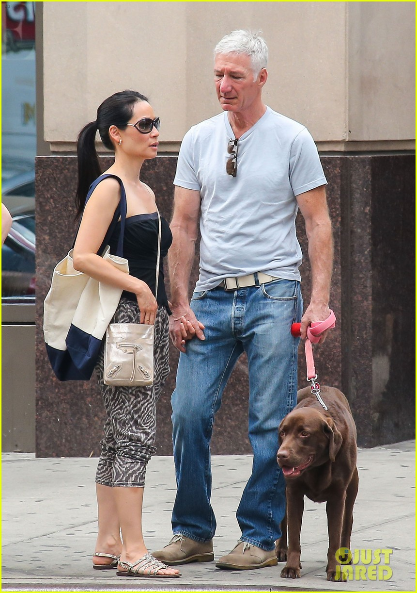 lucy liu new boyfriend hold hands in new york city 102932380