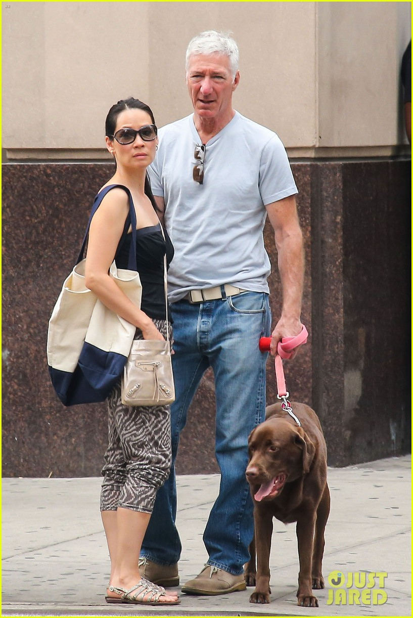 lucy liu new boyfriend hold hands in new york city 112932381