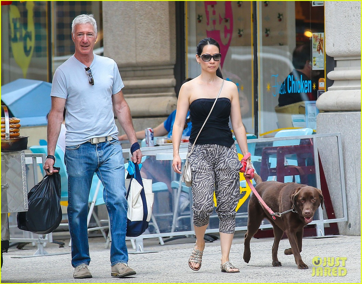 lucy liu new boyfriend hold hands in new york city 142932384
