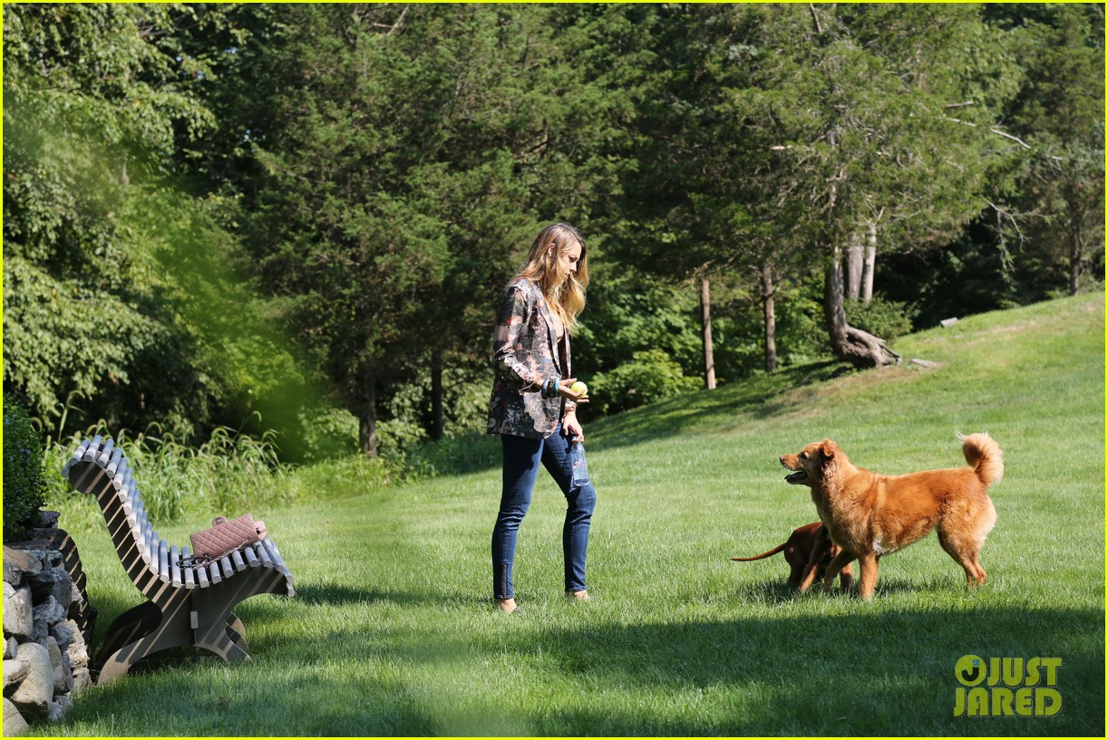blake lively takes ryan reynolds dog to the park 032940064