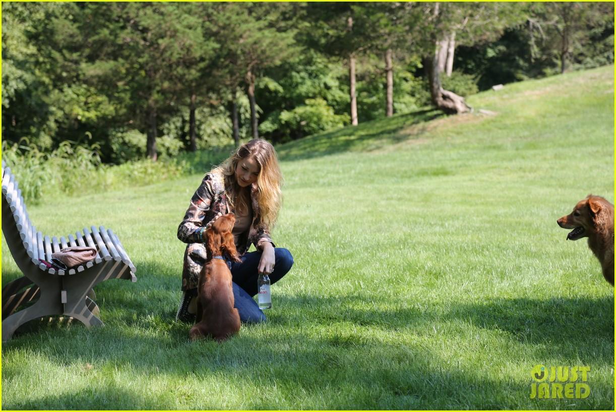 blake lively takes ryan reynolds dog to the park 052940066