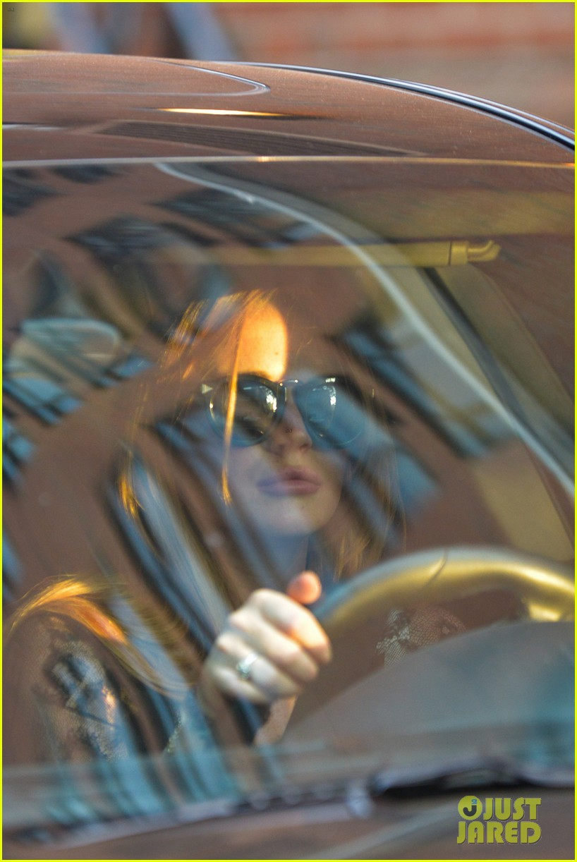 lindsay lohan gets behind the wheel in new york city 102940908