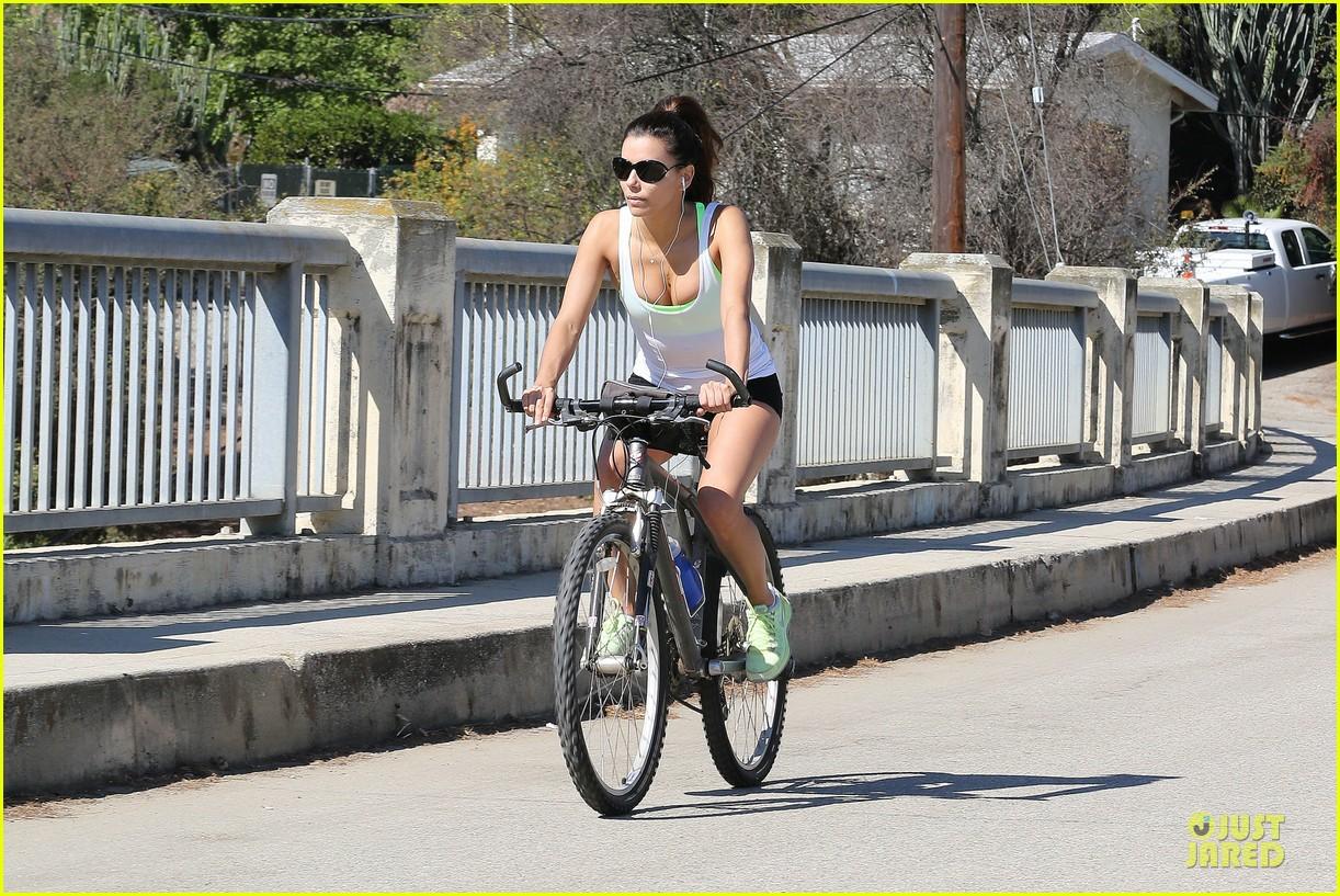 eva longoria baptism bike ride after ernesto arguello split 082936856