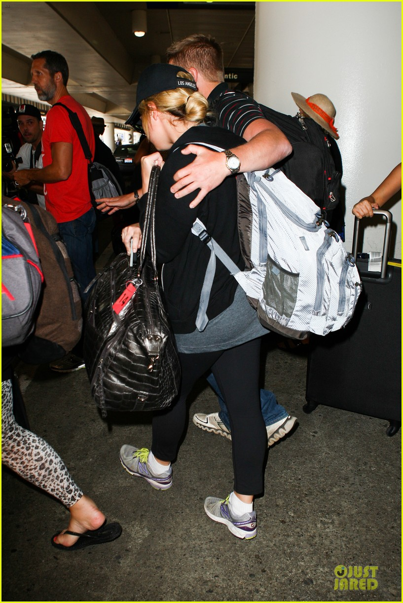 demi lovato itching to get back to kenya 092936898